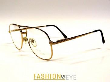 Nina St John szemüveg