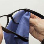 Házi praktikák szemüveg tisztításához és tárolásához